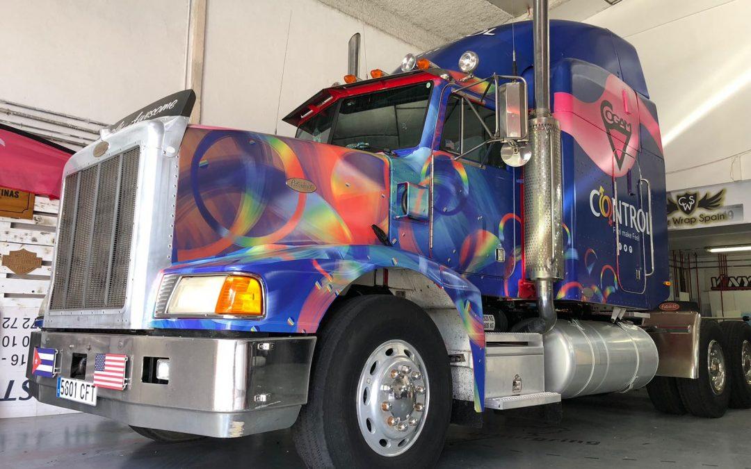Camión Control cabalgata «Orgullo Gay 2018»