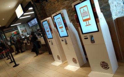 Decoramos los puestos auto venta de Burger King