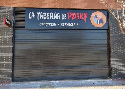 La Taberna de Porky-Rótulo Corpóreo
