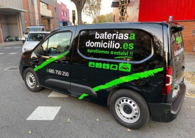 Rotulación de la flota a nivel nacional de Baterías a Domicilio Todos los vehículos se trabajaron consecutivamente sin parar el normal desarrollo de la actividad de la empresa. Recuerda que nos adaptamos a tus necesidades 100%.